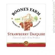 Boone's Farm Strawberry Daiquiri beer Label Full Size