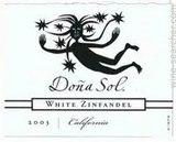 Dona Sol White Zinfandel wine