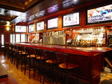 Thumb rivals sports grille