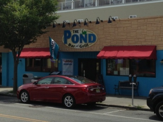 The pond bar grill