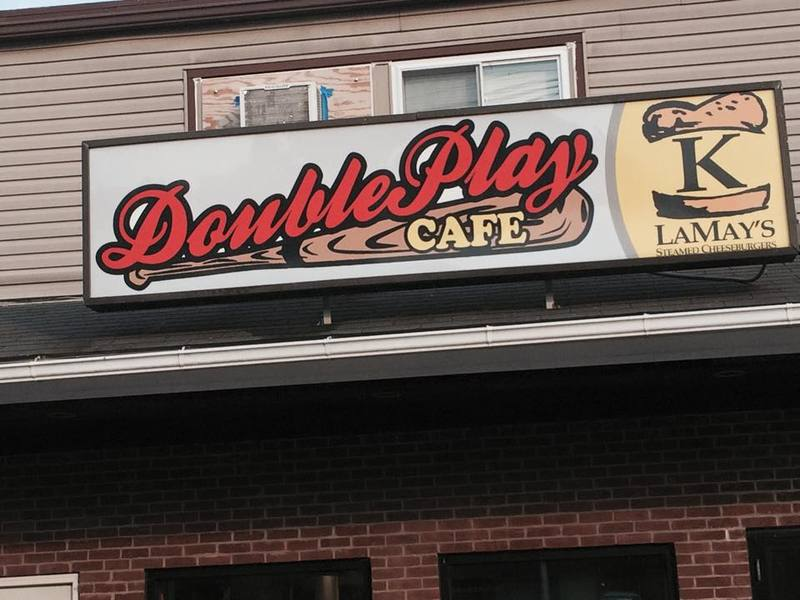Double play cafe